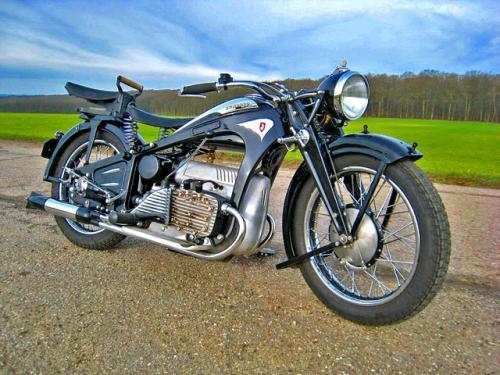 1935 K800 France