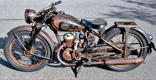 1949_DB200-a